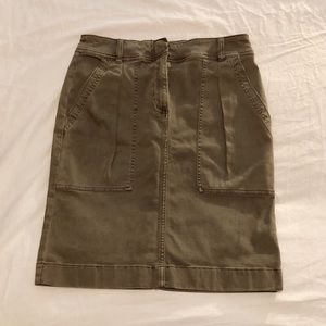 NWOT New J. CREW army green pencil skirt size 6